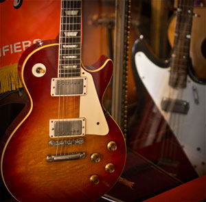 Which is More Important for Tone? The Guitar or Amp -